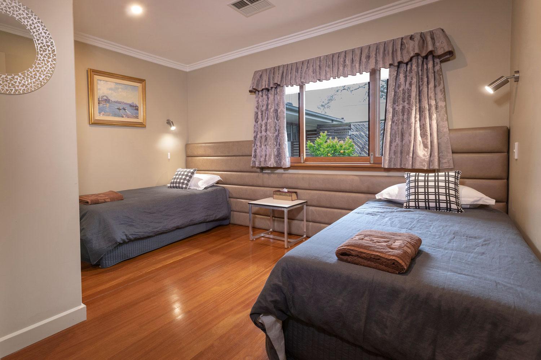Room2 single